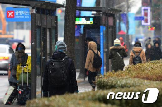 [사진]눈 내리는 거리