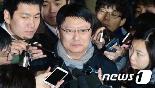[사진]박지만 '권력암투설 질문 묵묵부답'