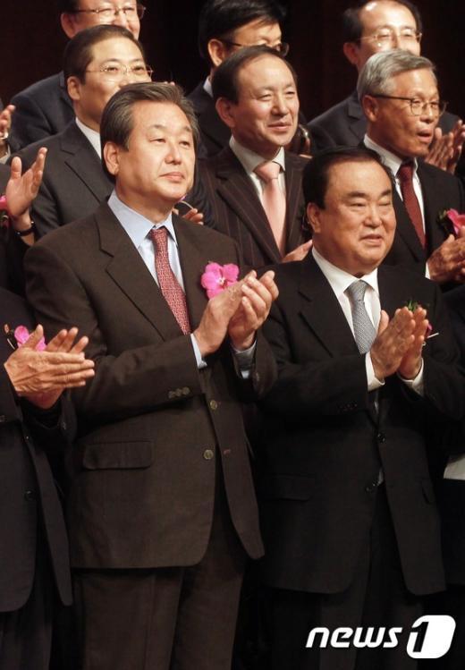 [사진]김무성-문희상,CBS 60주년 축하연 참석