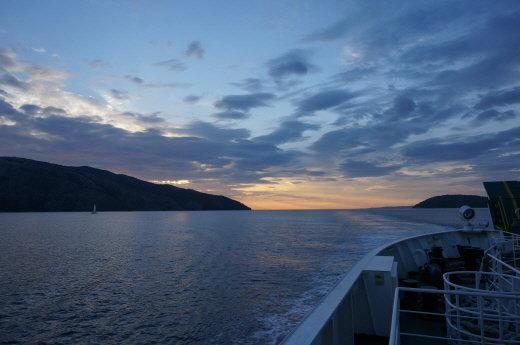 ↑ 스플리트를 떠나 흐바르 섬으로 가는 길