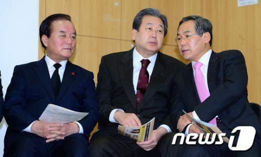 [사진]김무성-우윤근-정갑윤, 넬슨 만델라 추모예배 참석