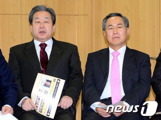 [사진]김무성-우윤근, 넬슨 만델라 추모예배 참석