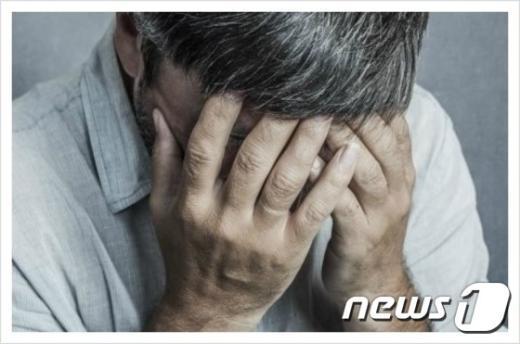 갱년기가 발병한 중년 남성./© News1