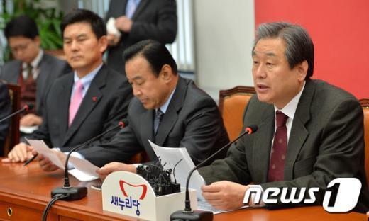 김무성 새누리당 대표(오른쪽) /뉴스1 © News1 박세연 기자