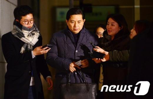 [사진]임영록 전 KB금융 회장 납품업체 선정 비리 혐의 조사