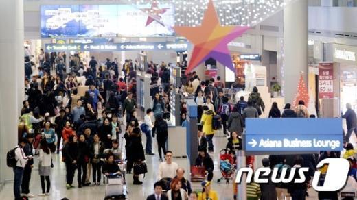 [사진]붐비는 인천공항 면세점