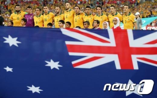 [사진]국가 부르는 호주 대표팀