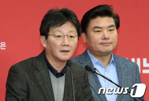 [사진]유승민-원유철 '민생정책 과감한 변화와 추진'