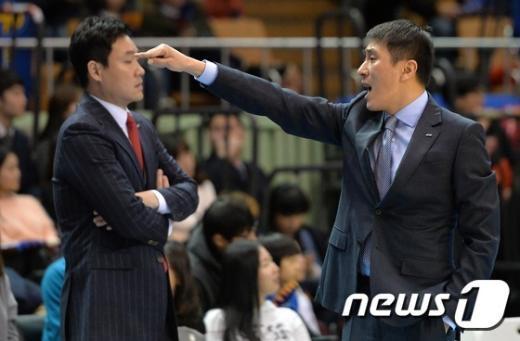 [사진]답답한 삼성 이상민 감독 '연패 탈출은 언제...'