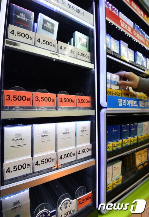 [사진]국산 담배 점유율, 29년 만에 처음 외국산에 뒤져…인상 여파