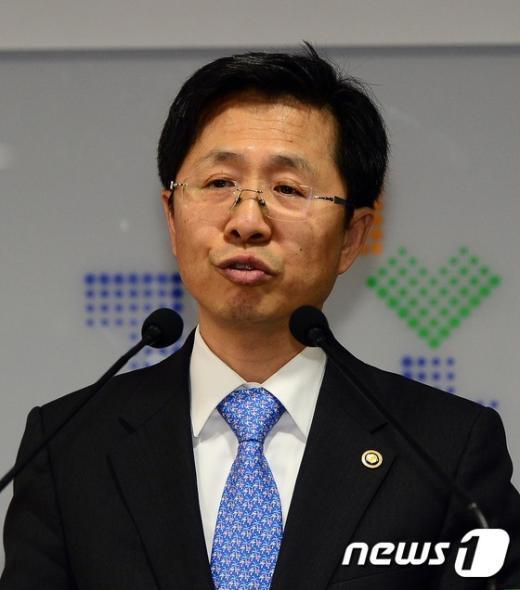 [사진]김재춘 교육부 차관 취임식 인사말