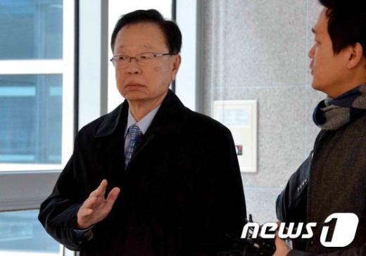 [사진]박희태 전 국회의장 '묻지 마세요'