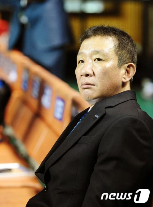 [사진]KCC 허재 감독 성적부진 책임지고 사퇴