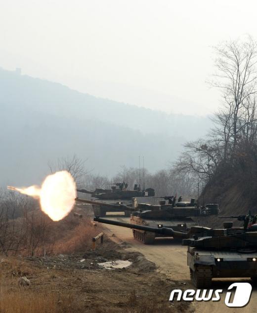 [사진]불 뿜는 K2 '흑표' 전차의 위용