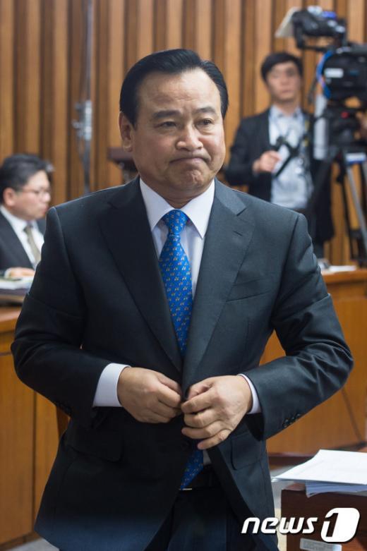 [사진]이완구 총리 후보자 이틀째 인사청문회