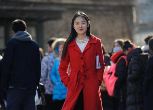 중국 3대 예술대학 입시 시작…시험장에 모여든 구름떼 미녀들