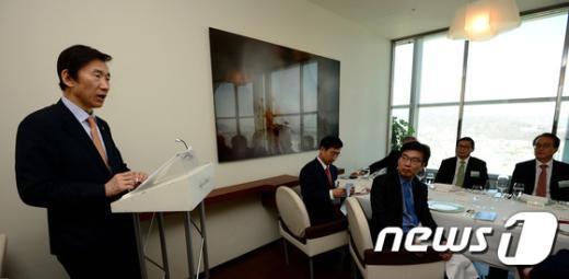 [사진]윤병세 장관, 믹타 대표단 환영 오찬 주최