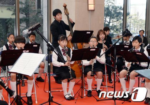 [사진]'마음으로 소통하는 행복연주회'