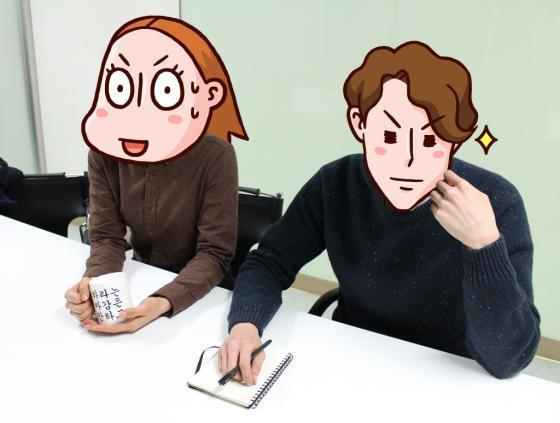 웹툰 '괜찮아 애송이'를 연재 중인 스쿱미디어의 김진아 작가(왼쪽), 지상현 콘텐츠사업부 팀장/사진=스쿱미디어 제공