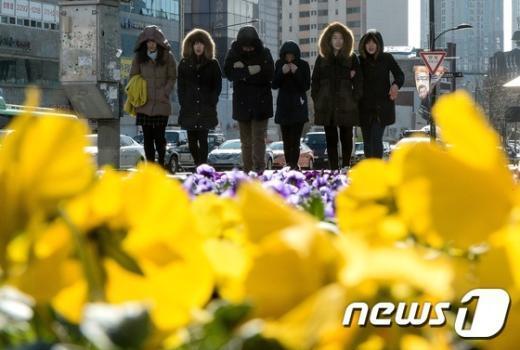 [사진]'봄을 시샘하는 추위'