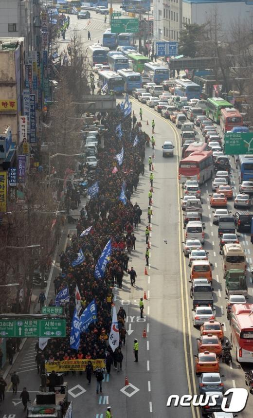 [사진]노동시장 구조개악 저지 행진