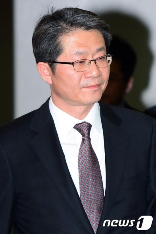 [사진]떠나는 류길재 통일장관