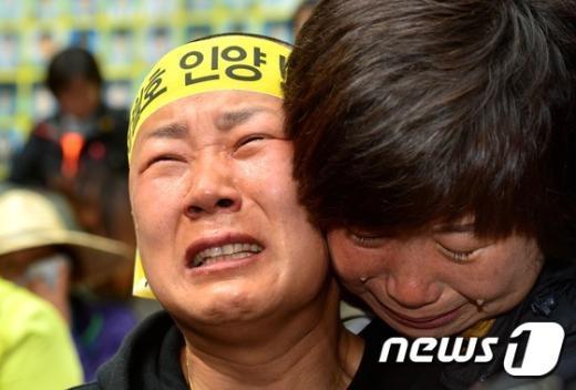 [사진]세월호 인양 촉구 '삭발'