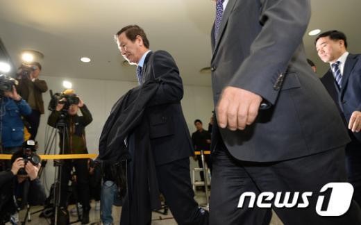 [사진]개성 입주기업 회장단 방북... 임금지급 사흘 앞두고