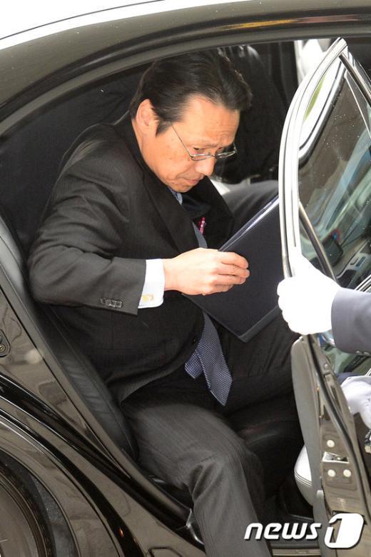 [사진]외교부 초치 된 켄지 日 총괄공사