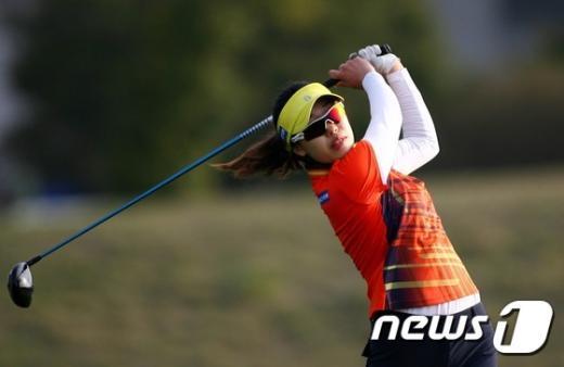[사진]김소진, 호쾌한 티샷
