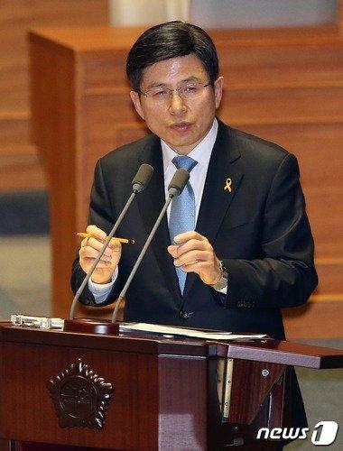 황교안 법무부장관. 2015.4.16/뉴스1 © News1 한재호 기자