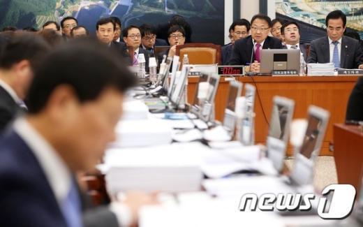 [사진]국토교통위원회, '서민주거비 부담 완화 방안은?'