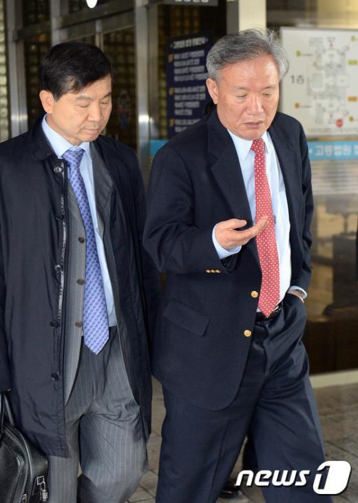 [사진]항소심 마친 박상은 의원