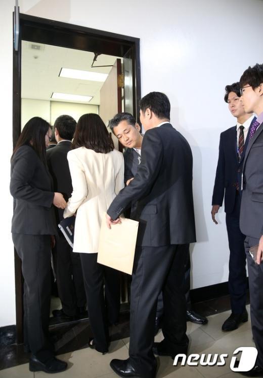 [사진]'입법로비 혐의' 신계륜·신학용 의원 재판 현장검증