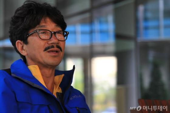 국내 최초로 요트 세계 일주에 성공한 김승진 선장(52)