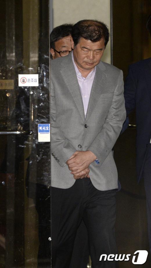 [사진]'포스코 자금 수백억 횡령' 전정도 세화MP 회장 구속