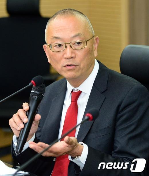 [사진]인사말 하는 후쿠다 게이지 WHO 사무차장
