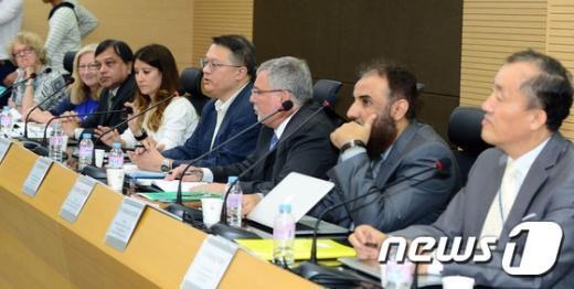 [사진]WHO, 질병관리본부에서 메르스 합동조사 착수회의