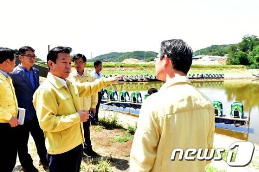 [사진]포천시 가뭄 피해 현장 방문한 박인용 장관