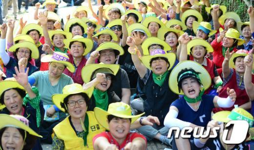 [사진]가락시장 상인들 '가락몰 지하1층 이전 반대'
