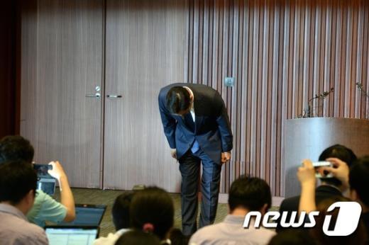 [사진]고개 숙인 이재용 '메르스 확산 대국민 사과'