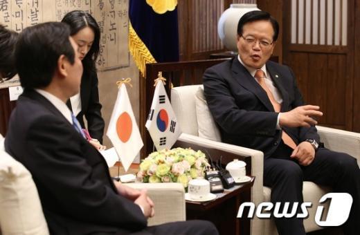 [사진]정의화 국회의장, 누카가 일한의원연맹 회장 접견