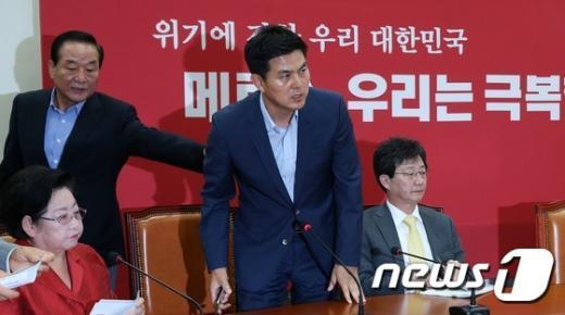 [사진]김태호 만류하는 서청원