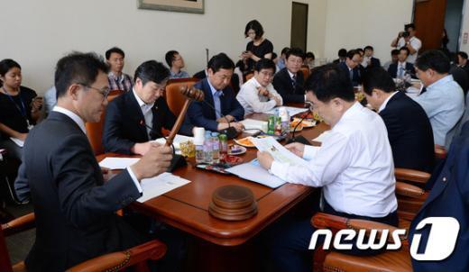 [사진]조세소위, 연말정산 보완대책 논의
