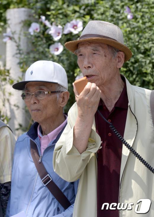 [사진]발언하는 윤한탁 민권연대 명예의장