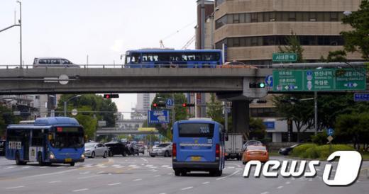 [사진]44년 만에 철거될 서대문 고가도로