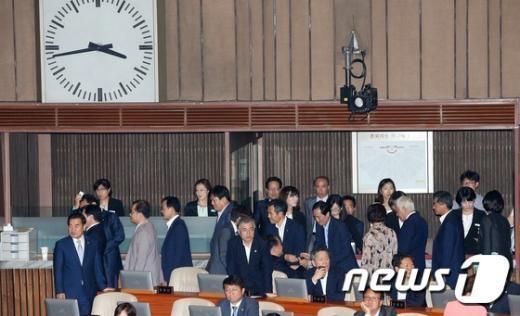 [사진]'야당만 투표'