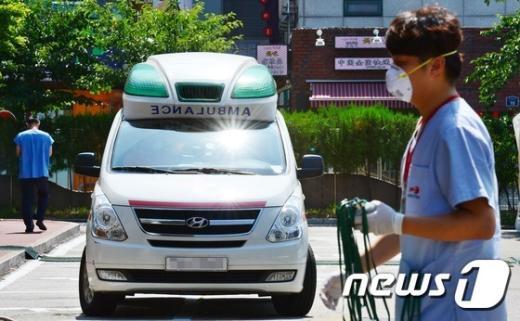 메르스 환자 의료기관과 엠뷸런스 모습./© News1