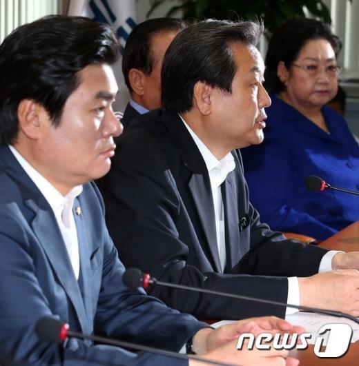 """[사진]김무성 """"추경으로 경제살리기 뒷받침"""""""