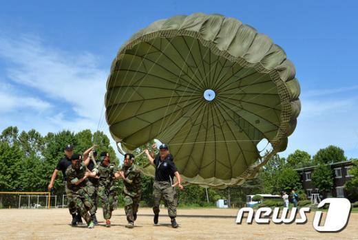 [사진]탈북 청소년 대상 전군 최초 병영체험